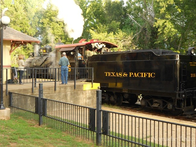 Texas and Pacific Locomotive
