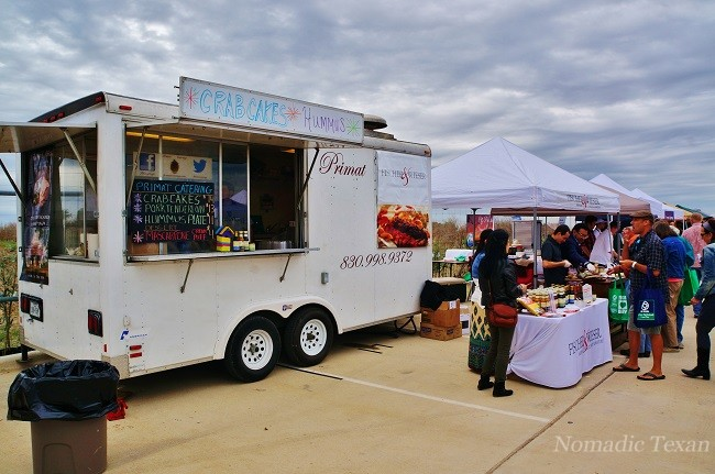 Primat Food Trailer with Crab Cakes
