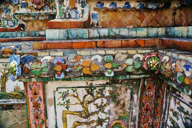 Detail of the Porcelain Filled Wall of Wat Arun