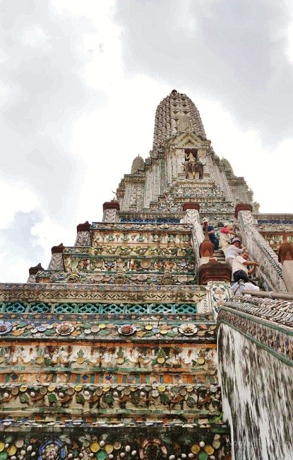 The Long Walk and Steps to the Top of Wat Arun