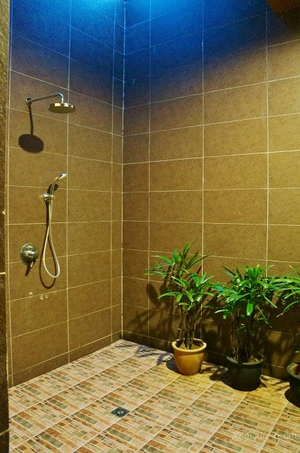 Huge Shower in Private Spa Room for Couples