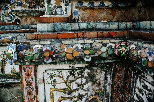 Mosaic Trim on Wat Arun, Temple of Dawn