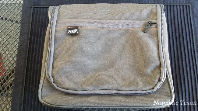 Closed Hanging Toiletry Kit